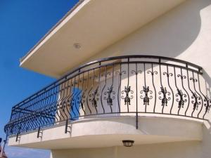ferforje balkon korkuluk, balkon korkuluk modelleri, ferforje imalatı,